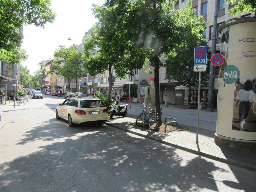Taxistand Müllerstraße